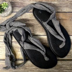 Sanuk Gray Fabric Ankle Tie Thong Sandals
